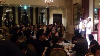 千葉の企業忘年会でマジシャン派遣出張 魔ほうの愛華 マジックショー&テーブルホッピング