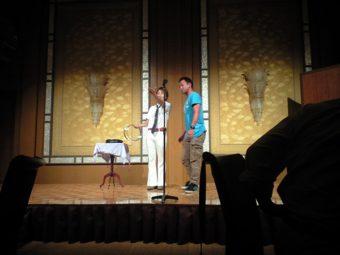 マジシャン派遣・出張 食品会社の表彰式&懇親会でジュンヤ&悟郎のステージショーの写真01