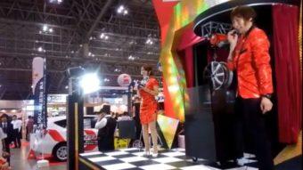 マジシャン派遣幕張メッセで展示会ブースにてマジックショー