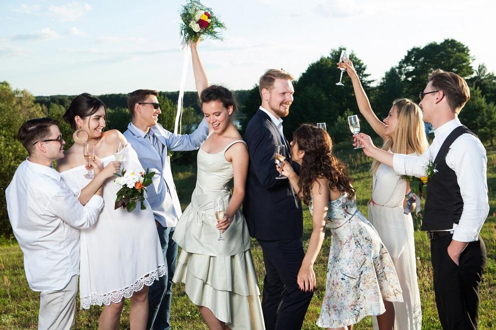結婚式フラッシュモブ、イリュージョンマジック、マジック演出、マジシャン派遣・マジシャン出張 演出依頼