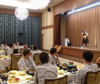 ホテル三日月竜宮城にてマジシャン派遣・出張マジックショー、マジシャン南海子