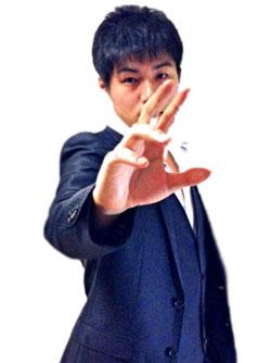 マジシャン派遣・出張 関西で活躍するメンタルパフォーマー 井阪龍太 写真01