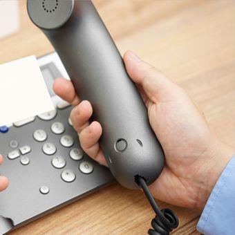 電話・メールでマジシャン派遣・出張のお問い合わせ